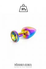 Plug bijou aluminium Rainbow XS - Hidden Eden : Plug anal en aluminium arc-en-ciel d'une longueur de 6,1 cm et d'un diamètre moyen de 2,5 cm. Décoré d'un strass rond multicolore.